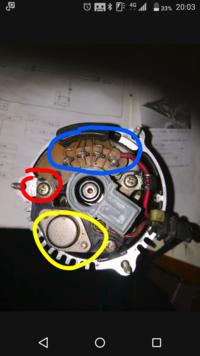 画像のような、レクチファイヤとレギュレーターがそれぞれ別々にACジェネレーター本体に内蔵された充電系を採用した旧車バイクの、 MOS-FETレギュレートレクチファイヤへの換装をされた方、いらっしゃいますでし...