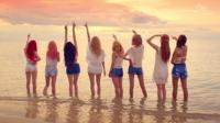 少女時代ファンの皆さん!!  この画像どう思いますか? 後ろ姿も可愛いメンバーたちですよね。
