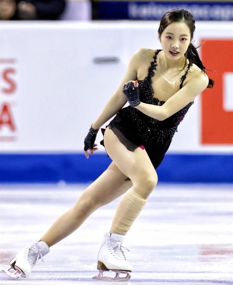 プリンスアイスワールドが今日から始まりますが、宇野くんや鍵山くんを差し置いて「本田真凜」を見出しにした記事満載です。 このメンバーでいったらメダリストの宇野くんや鍵山くんの記事のほうが多いのかなと思いましたが、強化選手からも漏れた実績のない本田真凜の記事が多いとは、さすがは日本女子上最高の美貌を誇る我らが栄光の本田真凜ちゃんだと思いませんか? アイスショー行く前からテンション上がりまくりでドキドキワクワクです。