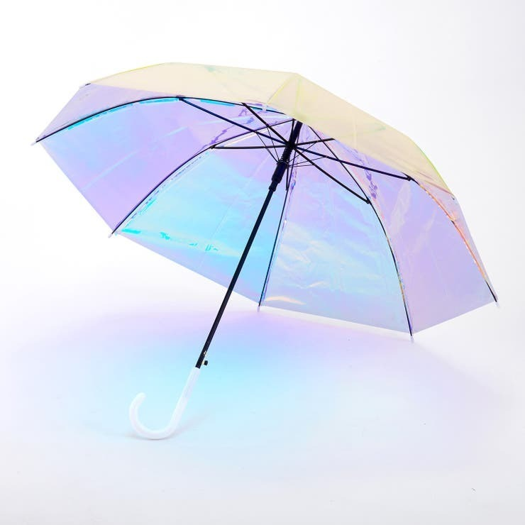 こんにちは 今外は雨です!! ところで皆さんが これを見て いちばんに出てきた曲は どんな曲ですか??