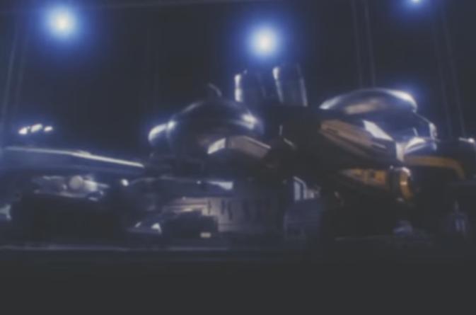 『初代ビートマシンを元に改良設計され、強化されて誕生したネオビートマシン』 数あるアニメや特撮作品の中で「先代(初号機)を元にして作られた新型のマシン・ロボ」、と聞き、思い浮かべたのは何ですか?