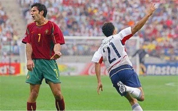 2002年 日韓ワールドカップはフィーゴの大会となる。と色々なサッカー雑誌で騒がれていましたが、結果グループリーグ敗退に終わっています。 日韓のフィーゴは活躍していましたか?