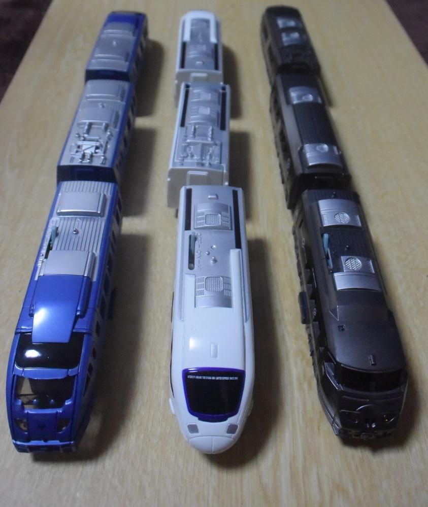 プラレールのJR九州の特急電車シリーズです。 S-17 JR九州ソニック883 2005年9月~2019年2月 S-19 JR九州885系特急電車 2012年6月~2016年2月 S-20 JR...