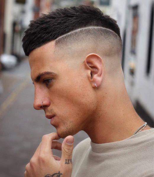 画像の髪型について 画像の髪型にしたいので散髪屋に行こうと思っています。 この画像の1番短いところは0ミリなのでしょうか? また0ミリにしたい場合どこの散髪屋でもできるのでしょうか? 教えて欲しいです