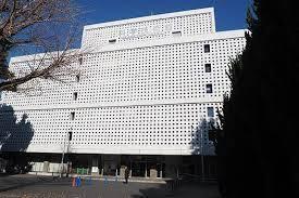 なぜ西区 大阪 と千代田区 東京に科学技術館があるんですか?