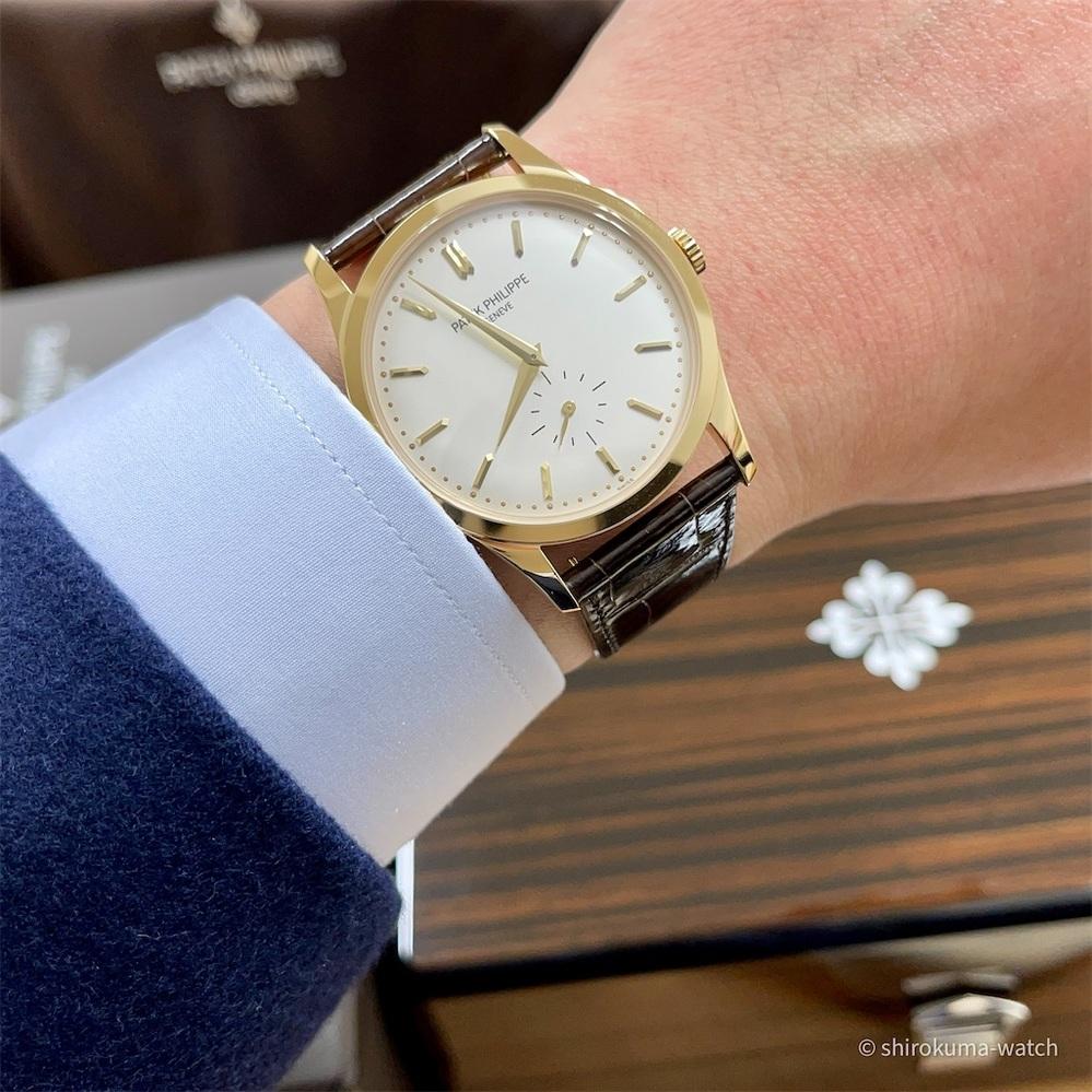 男性の腕時計に興味ない女性に質問です、お相手の男性がこんな時計を着けていたら 「この人店頭で1500円で売ってるような時計着けてるのね」とか思いますか?