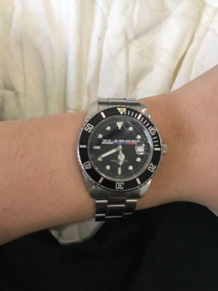 こちらのxlargeのサブマリーナ?の腕時計は防水ですか? 知ってる人いたら教えてください!