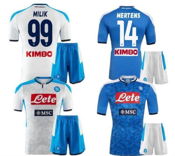 みなさん海外サッカークラブで一番カッコいいユニフォームはどこのチームですか? 自分はナポリのユニフォームが一番好きです! ないなら国内のJリーグでも大丈夫です。画像もつけてくれると嬉しいです!