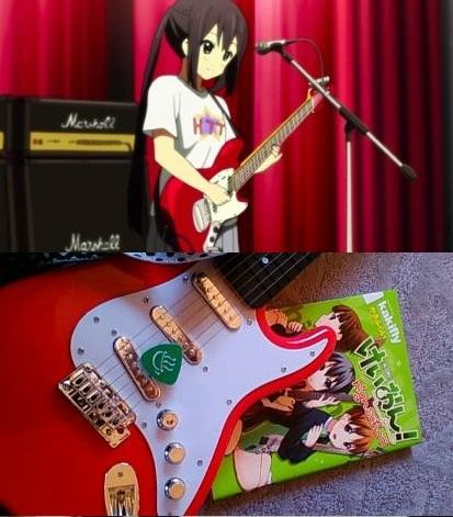 ギターピックの保管?というか置き場は、どういう方法が適切でしょうか。 一般には弦に挟む事が多いようですが、厚めのピックだと弦に影響ありますすかね? 私のピック厚は1ミリです。 弦の間に入れるピックホルダーというのがあるようですが、私のはミニギターなので弦間も狭いと思うので使えるかどうか。。 https://item.rakuten.co.jp/esp/10012005/