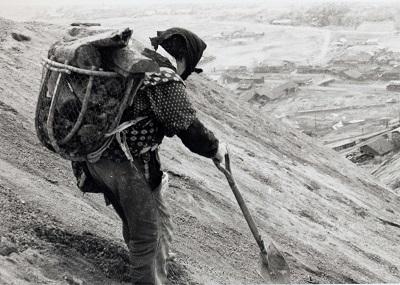 「石炭拾い」の仕事は大変ですか??