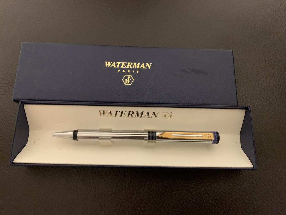 このウォーターマンのボールペンの名前はなんでしょうか? 調べても出て来ないので…