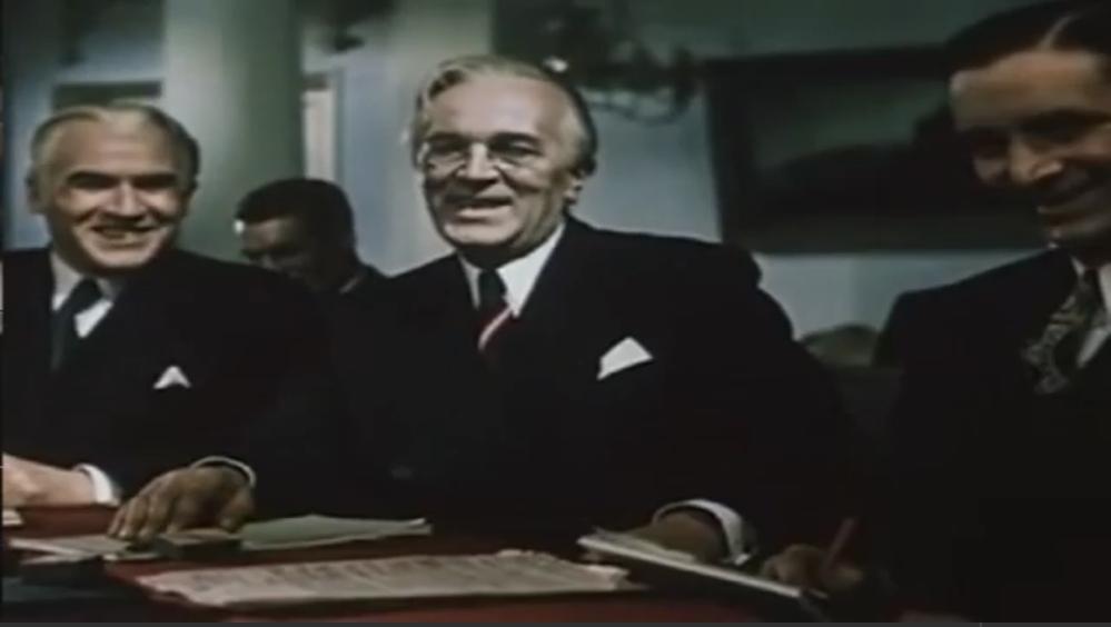 総統閣下シリーズによく出てくるこのルーズベルト大統領は本人ですか?