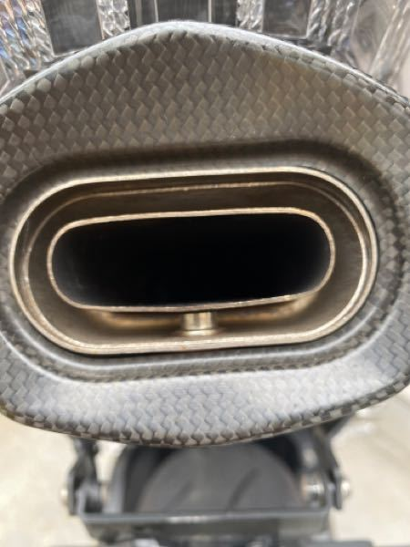 CBR600RR PC40 逆車 アクラポビッチのバッフルの外し方教えてください! 何か道具があれば、それも詳しく教えてくださると助かります!