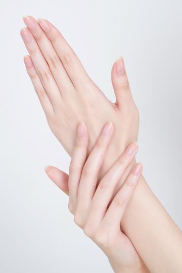 「手・指」のモデルにスカウトされたら どうしますか??