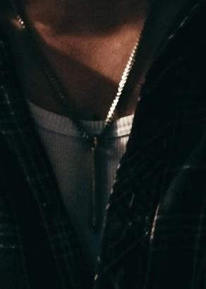 このネックレスどこのブランドかわかる方いますか?