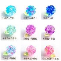 梅雨時にいただく紫陽花の和菓子は 何色を選びたいですか??