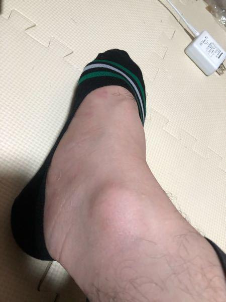 こういうタイプの靴下嫌いな方いません? 履いた感無くて、気持ち悪いというか…