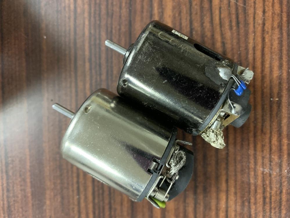 このモータをラジコン用のバッテリー(9.6V 450mA)で回しても大丈夫そうでしょうか?