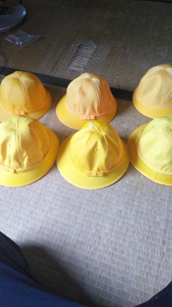 自慢では、ないですが自分は、小学校の女子の通学帽子たくさんあります。皆さんはどう思いますか?