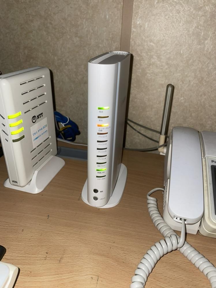 ソフトバンク光が急に繋がらなくなりました。 以前からもたまにあり電源抜き差しで治る時もありますが、それ以外に対処方法あれは教えてください。