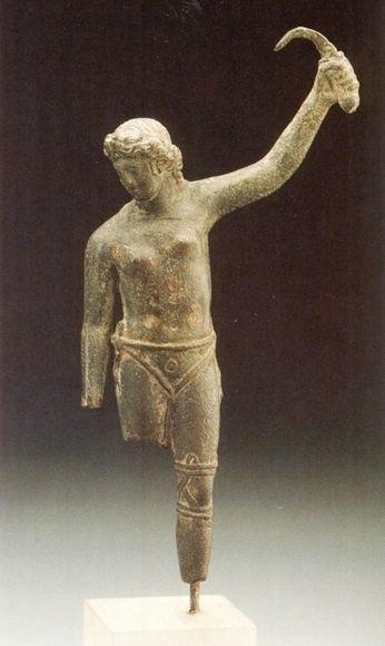 コロシアムの女性剣奴は人気あったのでしょうか? 古代ローマには女性剣闘士が居たらしいです。