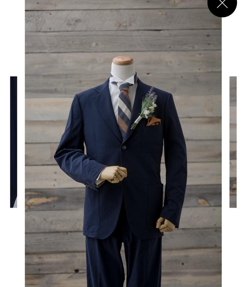 このネクタイはどちらのブランドのものか分かる方いらっしゃいますか?