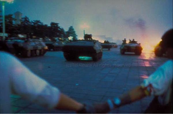 天安門事件があったそのときに 天安門広場にいた、 小原玲さんが撮影した写真は なぜ欧米諸国等に消されたのですか? http://reiohara.cocolog-nifty.com/blog/...