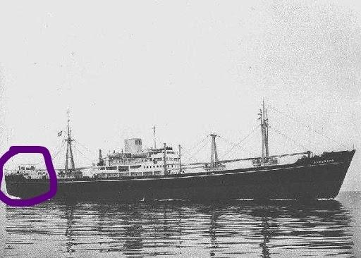 この船(Sargodha)はマルで囲った部分にも居住区があるの❓