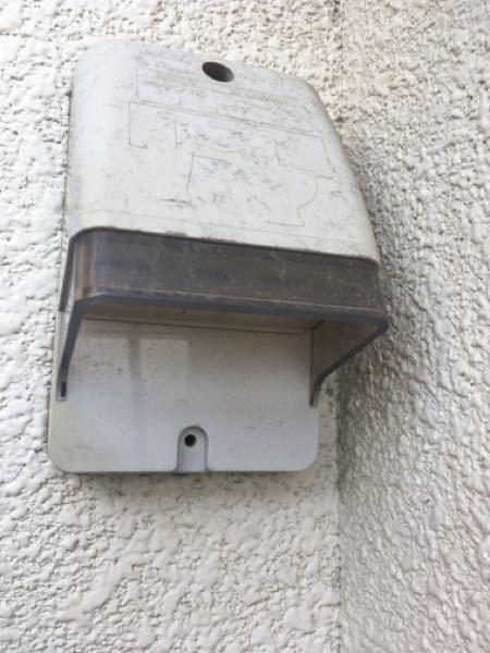 洗濯機のアース線を繋げようとしたらアースを差すところがありません。給湯器か何かにつなげるのでしょうか?