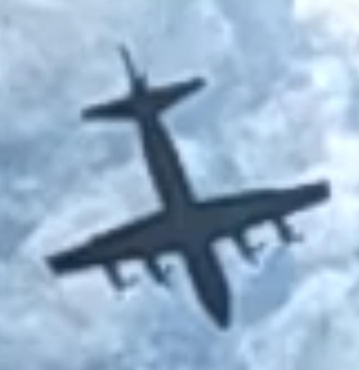 この飛行機の名前を教えてください