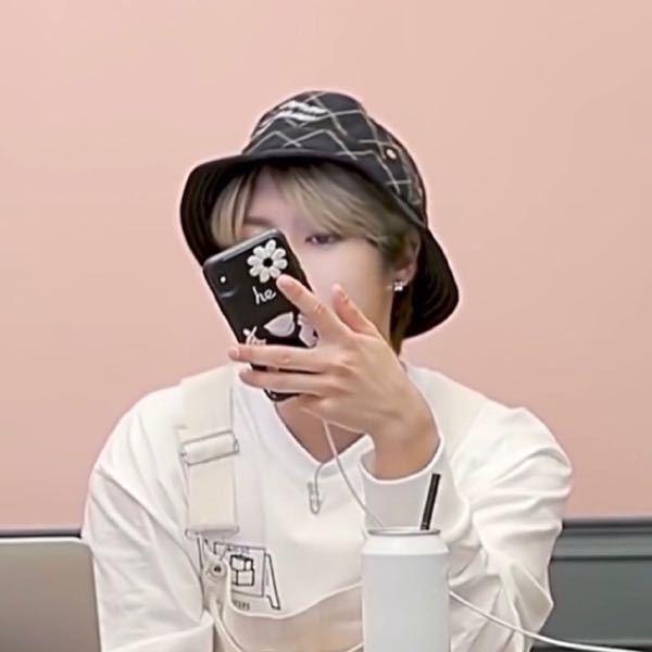 ジソンくんが使っているこのiPhoneケースわかる方いらっしゃいますか?