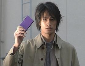 あなたは仮面ライダー龍騎の神崎士郎は悪人だと思いますか?