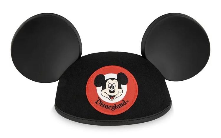 ディズニーランドに、こちらのイヤーハットはいま売っていますか? できれば、帽子の部分が黒ではなく赤のものがいいです。(昔売っていたようで、写真に残っていました) ミニーではなく、ミッキーバージョンで赤のものです。 また子供用は売っていますか? 以前はうしろに名前を刺繍してくれました。