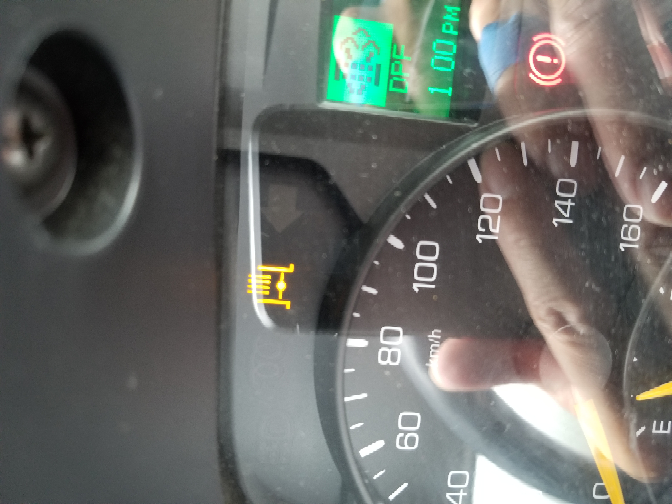トラック この黄色はなんの意味ですか?