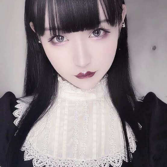 白雪姫乃ちゃんのこのお洋服、どこのものかわかりますか? 悲撃のヒロイン症候群 ヒロシン
