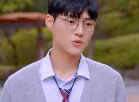 韓国のチーズフィルムというウェブドラマに出演しているこの俳優は誰ですか?ちなみに題名は彼氏が3人できたです!