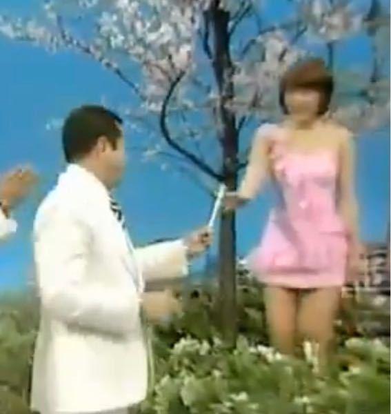 【昭和の時代】 ある歌謡番組から この画像の2組のグループの名前を、お答えください。 最初に正解した方を後日jBAにいたしますどすます。 チップ250枚
