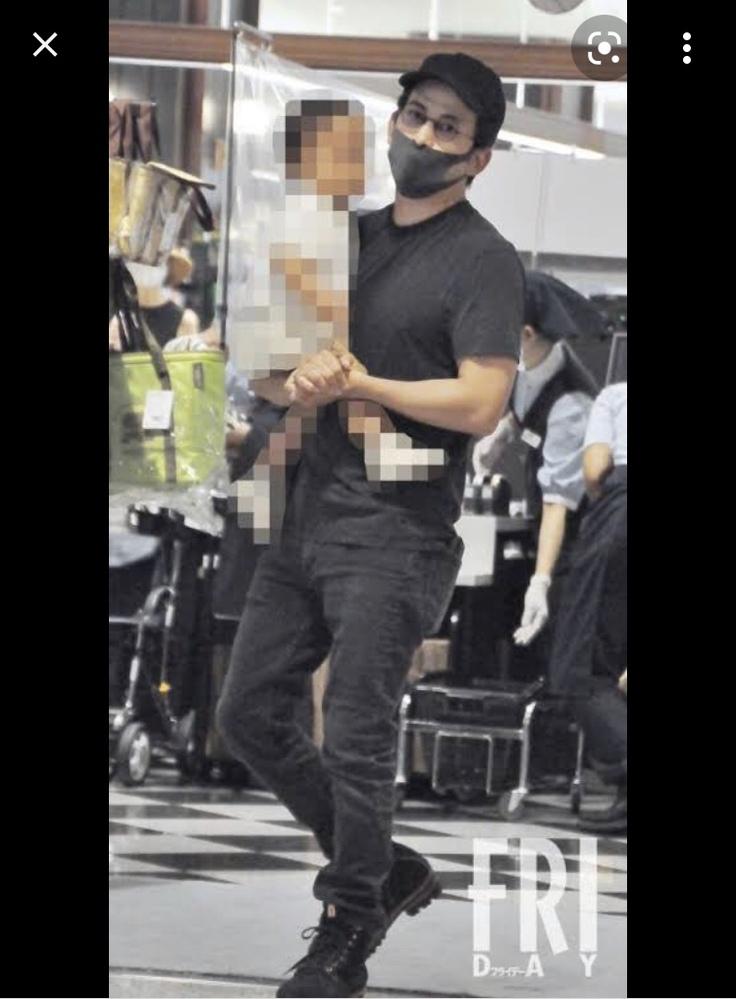 岡田准一さんが履いている中の靴は何と調べたら似たようなのが出てくるでしょうか?