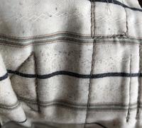 作業服のウエスト部分なんですが、これってカビですか?