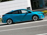 プリウスPHVは、450万円。 中古の軽自動車は、20万円。 どっちが、エコなのでしょうか? 用途は、週2回のお買い物。 何でもかんでも、新車がエコとは限りませんね。