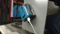 マキタのバッテリーとスマホ充電アダプタは機内持ち込み可能でしょうか?
