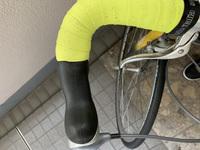 ロードバイクのハンドルが曲がってしまいました。どーすれば治りますか? お店に持っていくしかないのでしょうか?