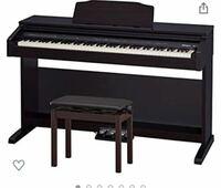 電子ピアノの購入を検討してます。 学生なので6.7万位が目安です。 YAMAHAのp125やRoland fp30のような物ではなく、下の写真のような電子ピアノの購入を考えています。  大手メーカーのものがいいのですが、オススメはありますか?(Roland、KAWAI、YAMAHA等)