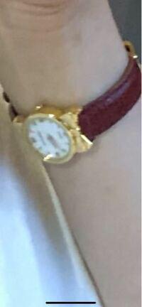 この時計の名前わかる人いたら教えて欲しいです。