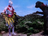 久しぶりに大喜利しまーす。 「なんじゃそりゃ」と思うことを言ってください。  例)ウルトラマン第10話「謎の恐竜基地」 登場する怪獣はゴジラに襟巻きをつけただけのジラースで、ラストシーンはその襟巻きを剥ぎ取って闘牛の真似事をするウルトラマン