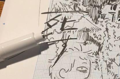 これはなんというペンでしょうか……? かなり難しいとは思いますが、どうかお願いします…… まず、私にはこれがペンなのかシャーペンなのかも分かりません。助けてください