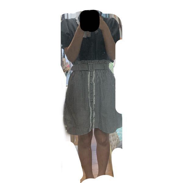 おそらく骨格ナチュラルです。次のライブでパプスリーブを着たくて買ったのですが上だけで着たら良かったもののスカートと合わさるとウエストの細さのせいで肩が目立ってガンダムになりました。 おかしいですか??でもパプスリーブ着たいです またなにかいい方法ありませんか??