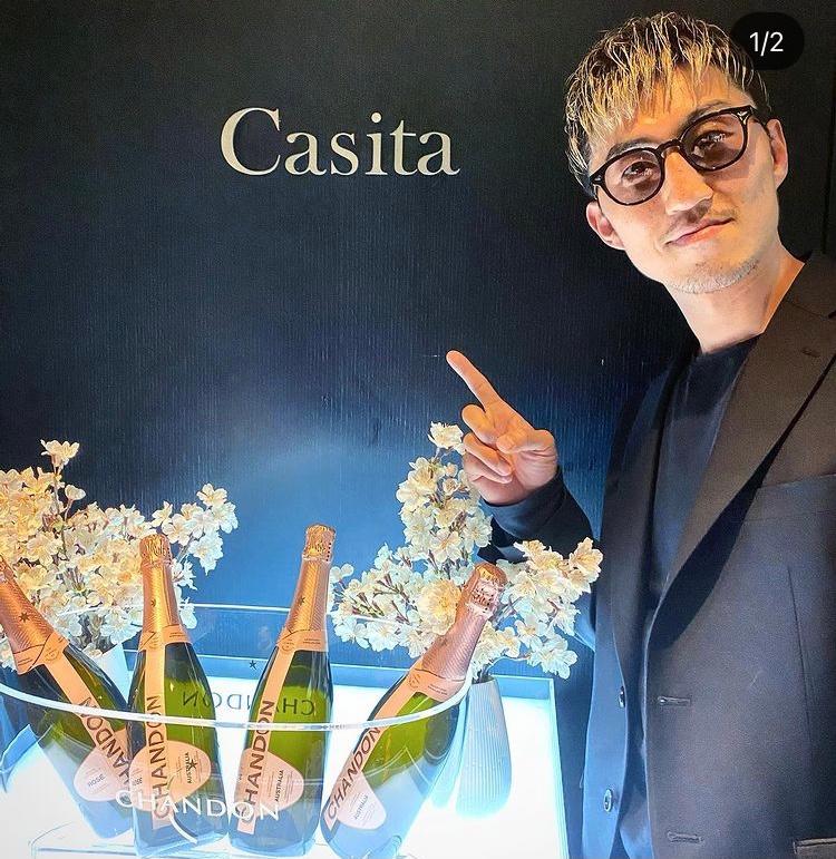 K-1ファイター山崎秀晃選手が愛用している このサングラスのブランド教えてください。 お願い致します!