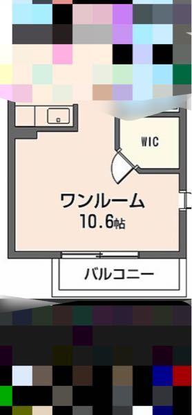 ベッドの位置で悩んでます どこに置くのが一番部屋を広く使えると思いますか? エアコンは右下に付いています