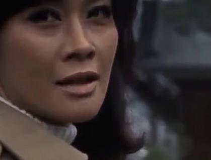 特撮作品で「す・ず」から始まるゲストといえば最初に誰を思い浮かびますか? 役名、ゲスト者名、番組タイトルと出演した回、画像、セリフなどを教えてください。 警官など役名がない場合、ゲスト者名は必須です。 例 須藤美弥子(斉藤チヤ子) 怪奇大作戦 第25話「京都買います」